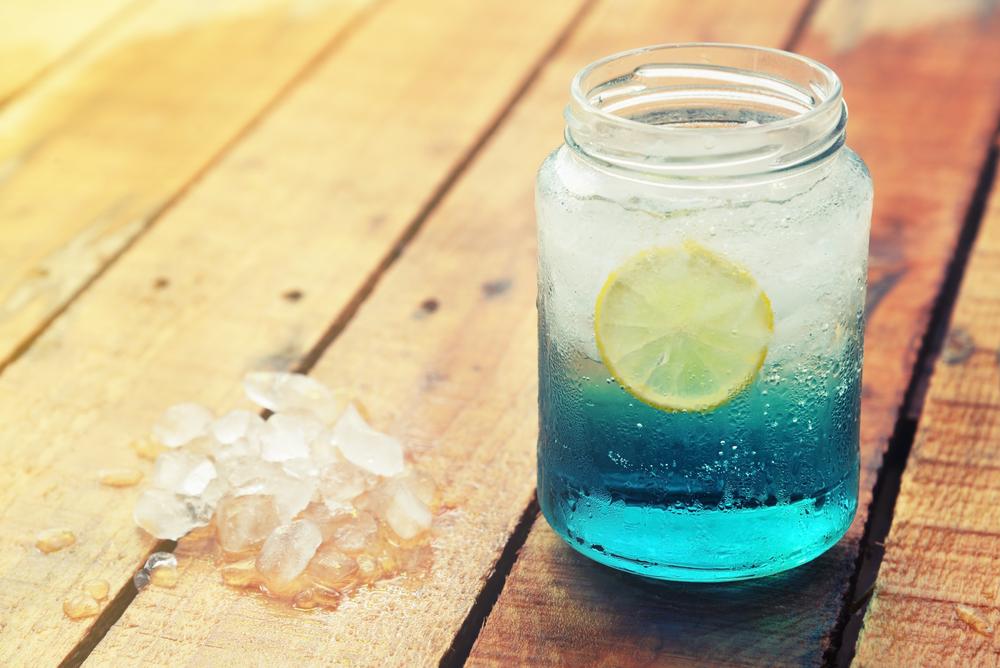 blaues sodawasser